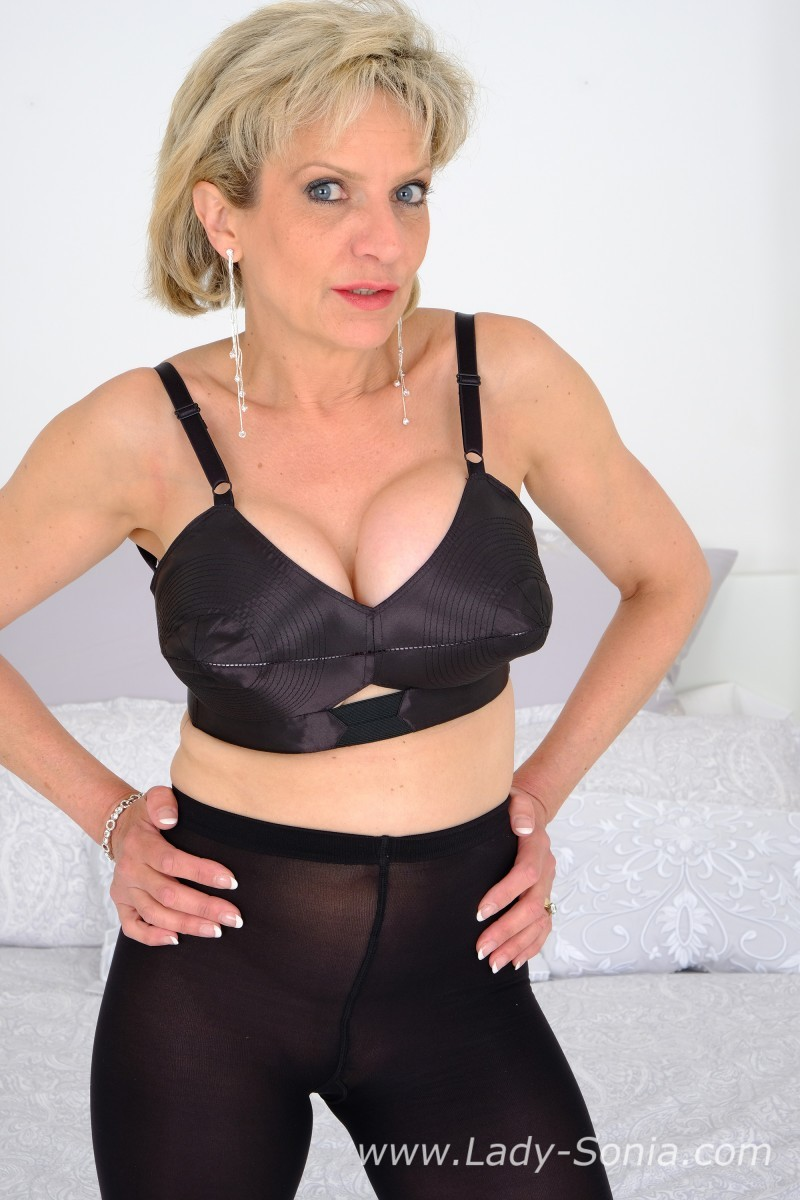 lady sonia - bullet bra and leggings